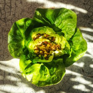 Recette : salade d'automne aux figues, noix & comté